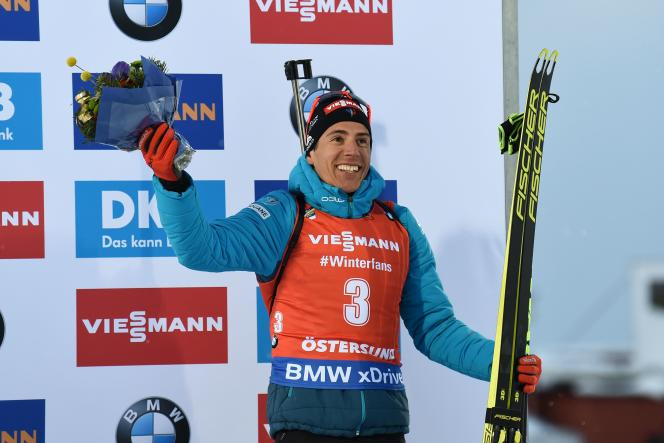 Quentin Fillon Maillet a gagné une médaille de bronze en poursuite dimanche 10 mars.