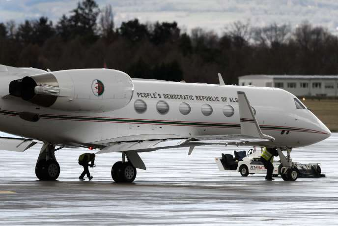 L'avion officiel algérienavant son décollage le 10 mars 2019 à l'aéroport de Genève.
