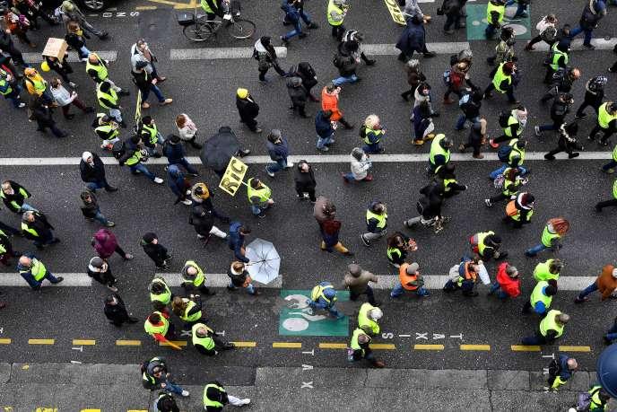 28600manifestants ont défilé le 9 mars en France, dont 3000 à Paris, soit la plus faible mobilisation depuis le début du mouvement.