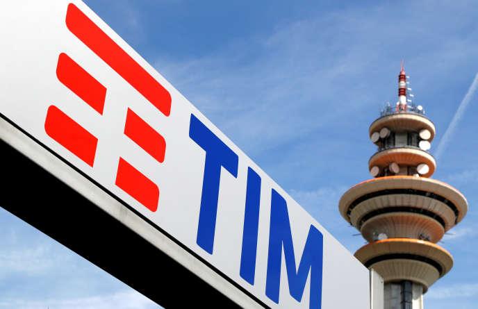 La tour Telecom Italia à Rozzano, en banlieue de Milan (nord de l'Italie), en mai 2016.