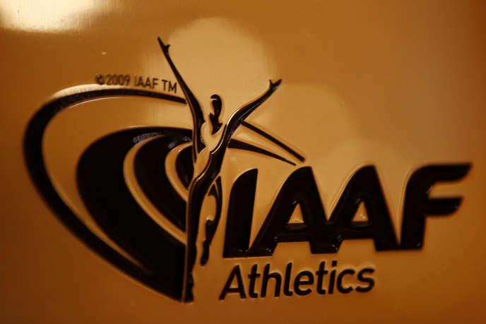 En novembre 2015, les magistrats financiers ont mis en examen pour corruption Lamine Diack, ex-président de l'IAAF (de 1999 à 2015), son conseiller de l'époque Habib Cissé et l'ancien chef de l'antidopage de l'IAAF, Gabriel Dollé.