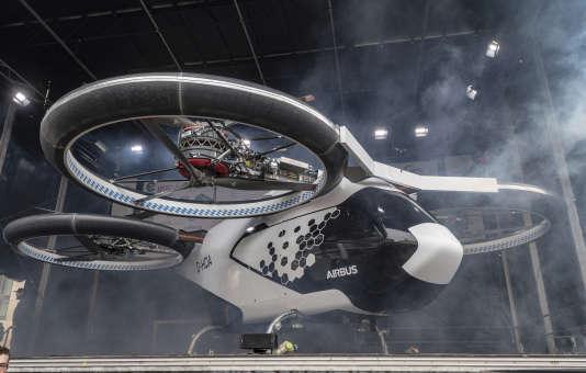 Un prototype du drone-taxi d'Airbusexposé le 11 ars à Ingolstadt (Allemagne).