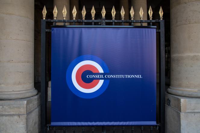 A l'entrée du Conseil constitutionnel, à Paris, en octobre 2018.