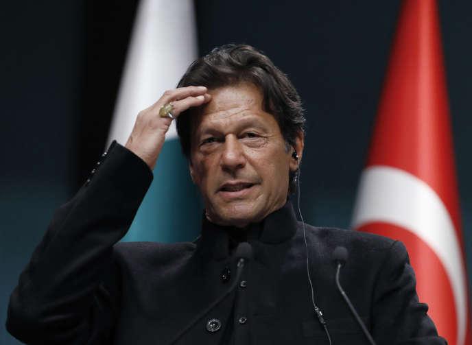 Le premier ministre pakistanais, Imran Khan, à Ankara, le 4 janvier.
