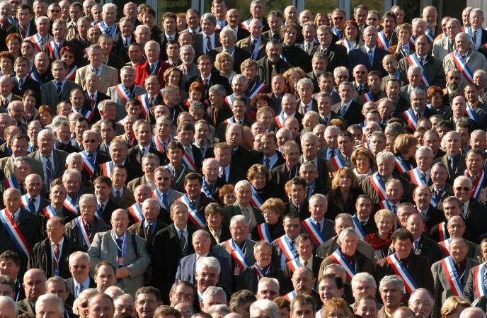 «Depuis le premier janvier 2018, le régime spécial des retraites des députés a été aligné sur celui de la fonction publique. Concrètement, un député touchera désormais 700euros de retraite contre 1400 euros par le passé»