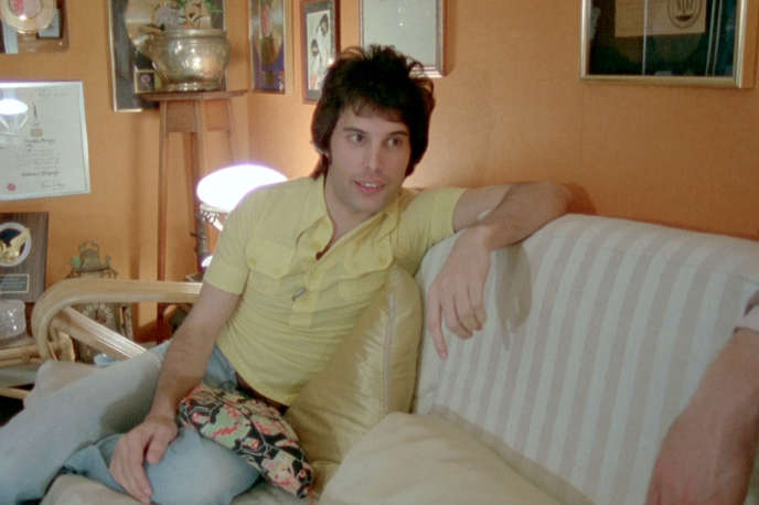 Le chanteur Freddy Mercury en 1977.