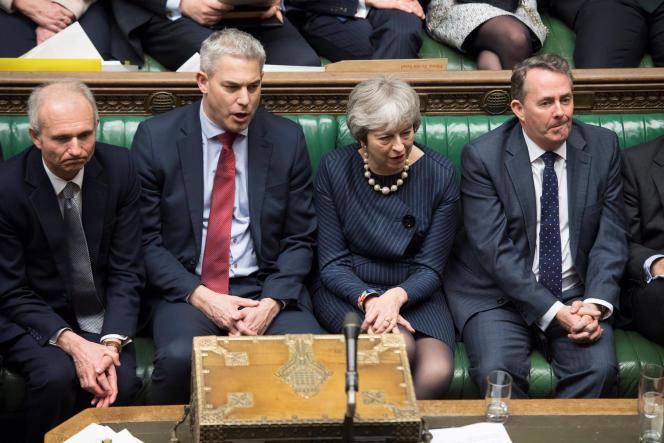 La première ministre Theresay May, lors du débat sur le report du Brexit au Parlement britannique, à Londres, le 14 mars.