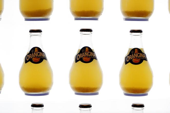 D'après un sondage, 80 % des Français interrogés font le lien entre alimentation et santé, et 30 % évitent de boire des produits avec édulcorants.