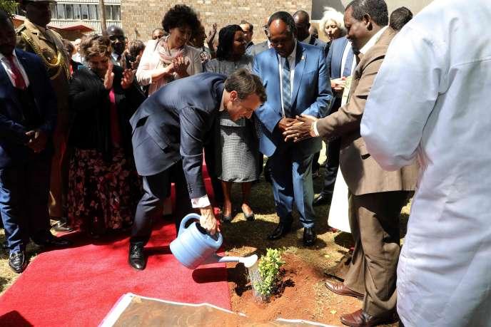 Emmanuel Macron, à l'université de Nairobi, au Kenya, le 14 mars.