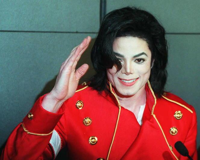 Le chanteur pop Michael Jackson en 1996.