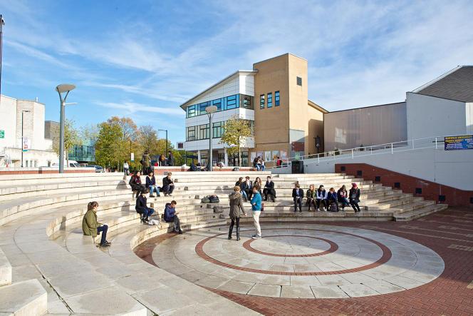 Warwick est l'une des universités qui accueillent le plus de Français au Royaume-Uni.