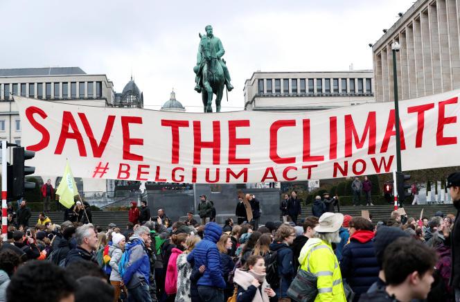 Manifestation pour le climat, à Bruxelles, le 15 mars.