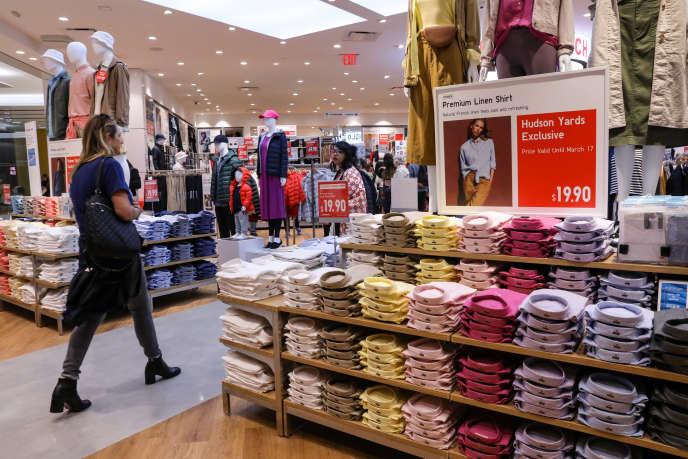 Dans ce premier exercice de transparence, les enseignes d'habillage brillent par leur absence d'efforts. Ici, un magasin H&M à New-York, le 15 mars 2019.