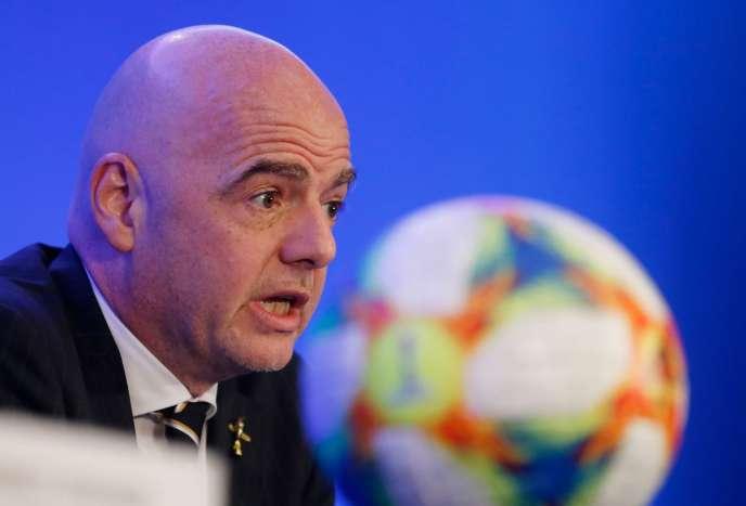 Gianni Infantino, le président de la FIFA, assure que l'ajout de seize matchs ne modifiera pas le calendrier du tournoi.