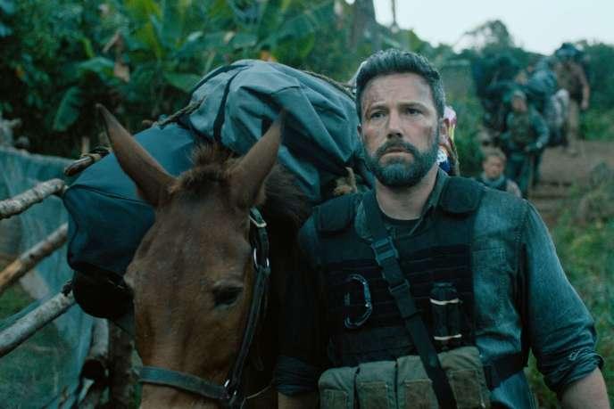 Ben Affleck joue un père de famille à la dérive, accroché au souvenir de sa gloire militaire dans« Triple Frontière».