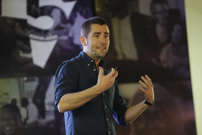 Chris Cox, ex-chef de produit pour Facebook lors d'une conférence à Lagos (Nigeria), le 27 février.