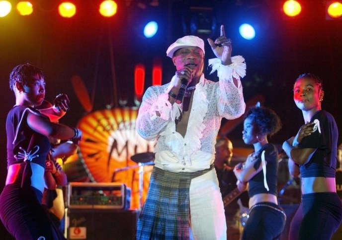 Le chanteur congolais Koffi Olomidé, le 30 avril 2005.