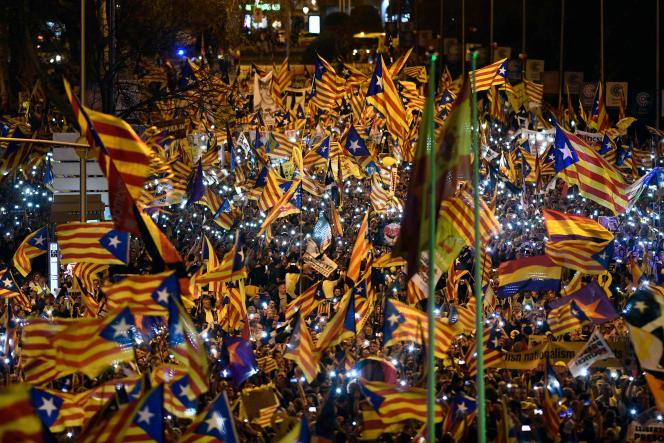 Manifestation pour l'indépendance de la Catalogne et contre le procès des dirigeants indépendantistes catalans – accusés d'avoir mené une tentative de sécession en octobre 2017 –, à Madrid, le 16 mars 2019.