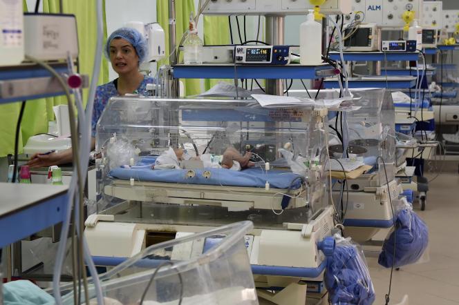 Service des prématurés dans la maternité de l'hôpital Wassila-Bourghuiba de la Rabta, à Tunis, le 11 mars 2019.