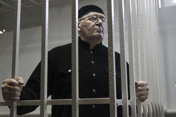 Oïoub Titiev, le responsable de l'ONG Mémorial, le 18 mars, au tribunalde Chali, près de la capitale tchétchène, Grozny.