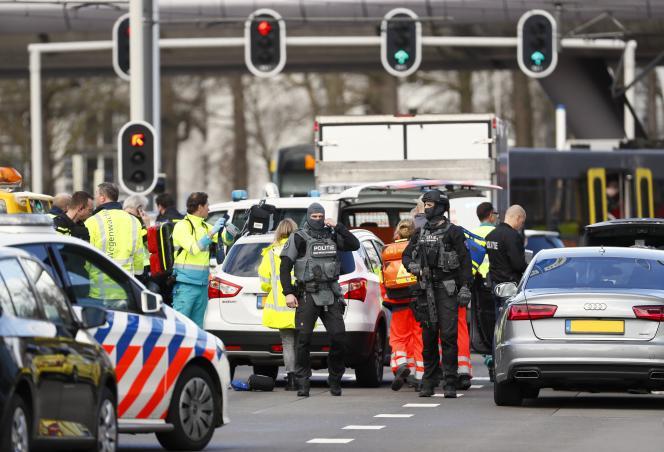 Une fusillade a eu lieu à Utrecht, aux Pays-Bas, le 18 mars, tuant trois personnes et en blessant cinq autres.