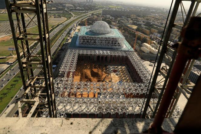 La grande mosquée d'Alger, construite par l'entreprise publique China State Construction Engineering, en février 2017.