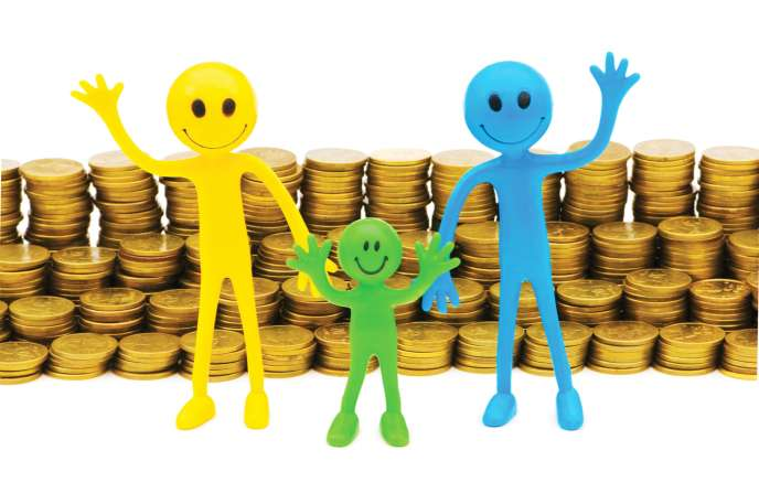Tous les avantages fiscaux auxquels les enfants donnent droit peuvent désormais être partagés par moitié entre leurs parents