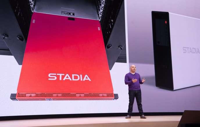 Majd Bakar, directeur du développement chez Google, présente la technologie derrière Stadia.