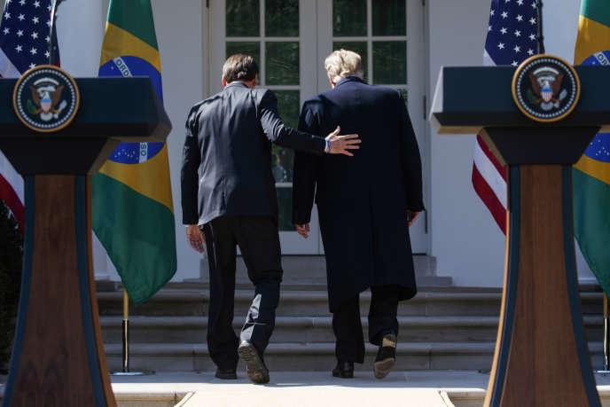 Les présidents Jair Bolsonaro et Donald Trump à l'issue d'une conférence de presse conjointe le 19 mars 2019 à la Maison Blanche.