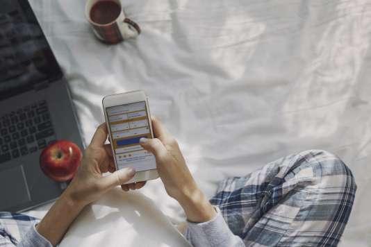 «Les plateformes de ventes en ligne utilisent des algorithmes pour enregistrer nos habitudes de consommations et ainsi nous envoyer des offres ou publicités ciblées.»