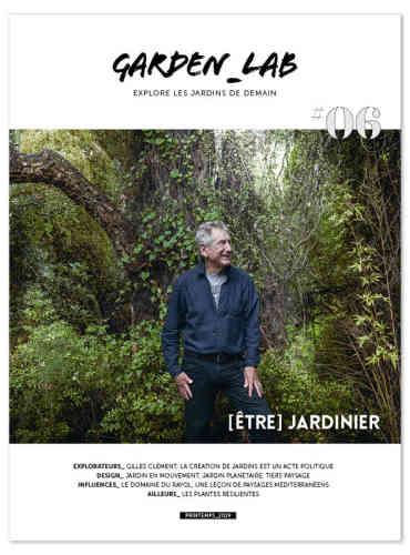 « Garden_Lab» consacre son sixième numéro à Gilles Clément, et nous emmène visiter son jardin de la Creuse (en explorant au passage cette «vallée des peintres» qui a inspiré Monet). Avant de l'accompagner dans le jardin du Rayol, dans le Var, qui associe sur un même espace – aujourd'hui protégé par le Conservatoire du littoral – des «paysages méditerranéens» au sens large. Tout au long de l'ouvrage, les très belles photographies de Yann Monel dialoguent avec les propos du «jardinier» Gilles Clément, qui ne manque pas de nous rappeler que« la création de jardins est un acte politique», et qu'il est grand tempsde se reconnecter avec le vivant.