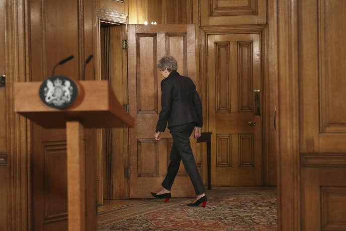 La première ministre, Theresa May, après une déclaration faite au 10Downing Street, le 20mars.