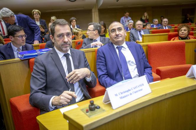 ChristopheCastaneret le secrétaire d'Etat, LaurentNuñez, lors de leur audition par la commission des lois du Sénat, à Paris,le 19mars.