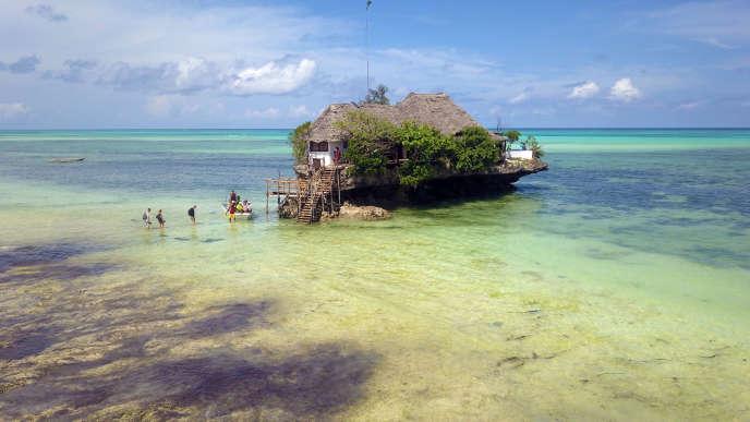 Le restaurant The Rock, sur la péninsule de Michamvi Pingwe, est l'adresse star de l'île.