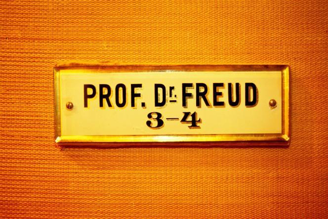 «Pour ce qui est du diagnostic, nous suivons Elisabeth Roudinesco : la psychanalyse n'a plus l'aura qu'elle avait pu avoir» (Photo: plaque sur l'appartement de Freud à Vienne).
