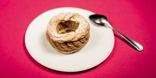 Avec le paris-brest s'exprimeune forme de luxe ordinaire :virtuosité de la pâte à choux et crèmes aériennes.
