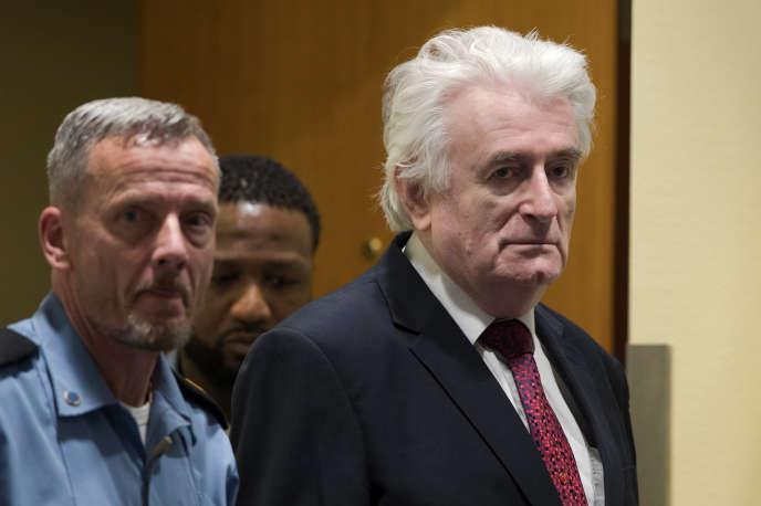 Radovan Karadzic à son arrivée devant les juges du Mécanisme pour les tribunaux pénaux internationaux, chargé de son procès en appel, le 20 mars 2019.