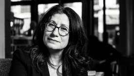 Julia Csergo est historienne spécialiste des patrimoines et des culturesalimentaires.