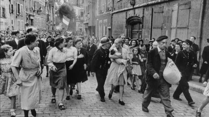 16 août 1944, rue Collin-d'Harleville, à Chartres.