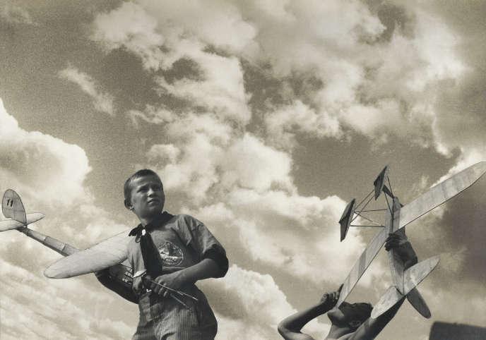 «Jeunes planéristes », esquisse de photomontage pour la revue «L'URSS en construction» (1933).