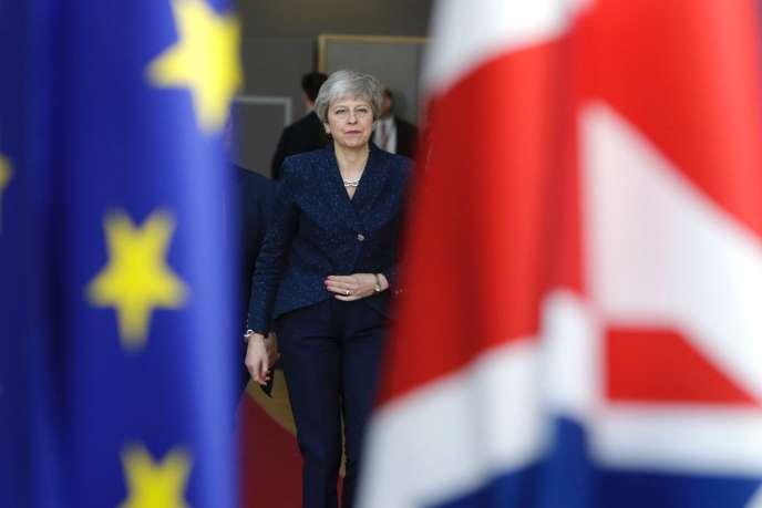 """""""Брекзит"""" вызывает кризис режима в Великобритании"""