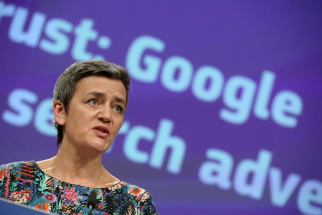 La Commissaire européenne à la concurrence,MargretheVestager, annonçant les sanctions contre Google, à Bruxelles, le 20 mars.