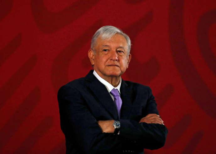 Andres Manuel Lopez Obrador a présenté sa démarche par une vidéo sur Facebook.