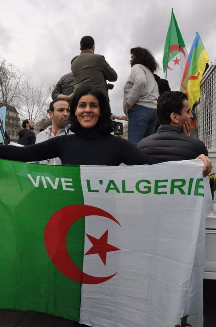 Souad Massi: «Voir autant de femmes dans les rues d'Alger me fait énormément plaisir»