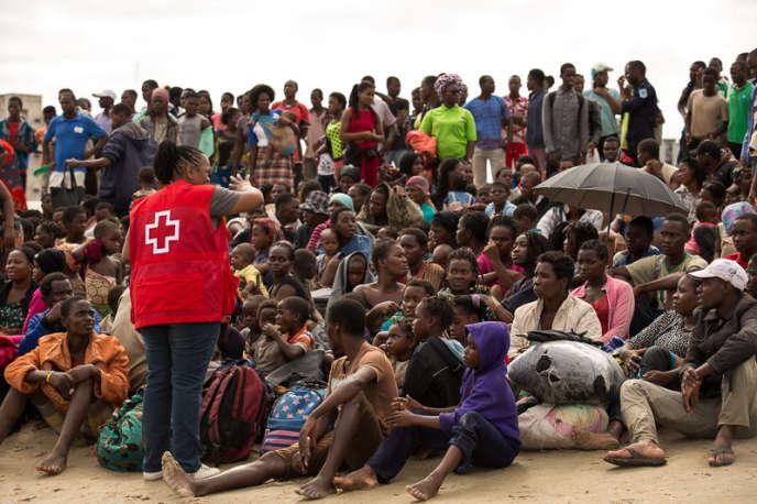 Au Mozambique, 15000 personnes doivent être «secourues immédiatement», a prévenu le ministre de l'environnement, Celso Correia.