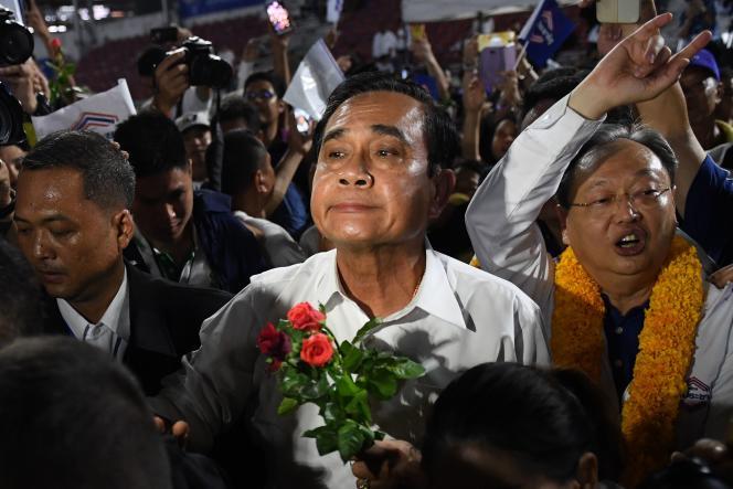 Prayut Chan-O-Cha, candidat du Phalang Pracharat, le parti pro-junte.