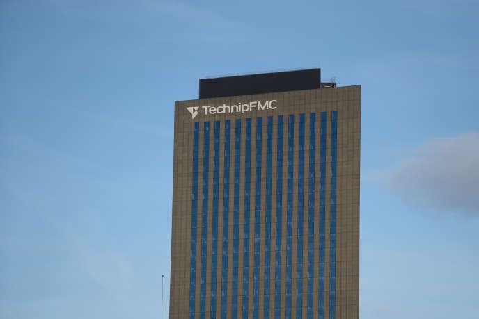 La Tour TechnipFMC, dans le quartier d'affaires de la Défense, près de Paris, en janvier 2018.