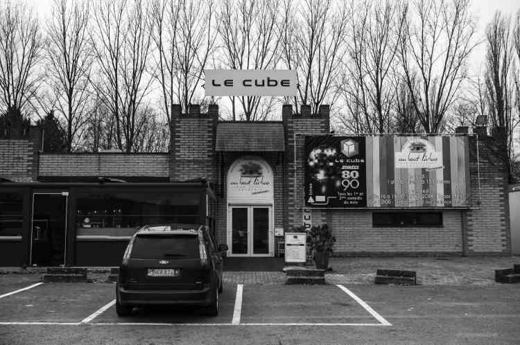 En Belgique, un mercredi par mois, la discothèque le Cube, située à Barchon (ici en février), accueille les résidents du foyer Le Pays des Merveilles de Blégny.