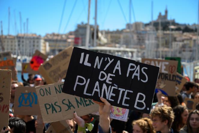 Manifestation pour le climat, à Marseille, le 15 mars.
