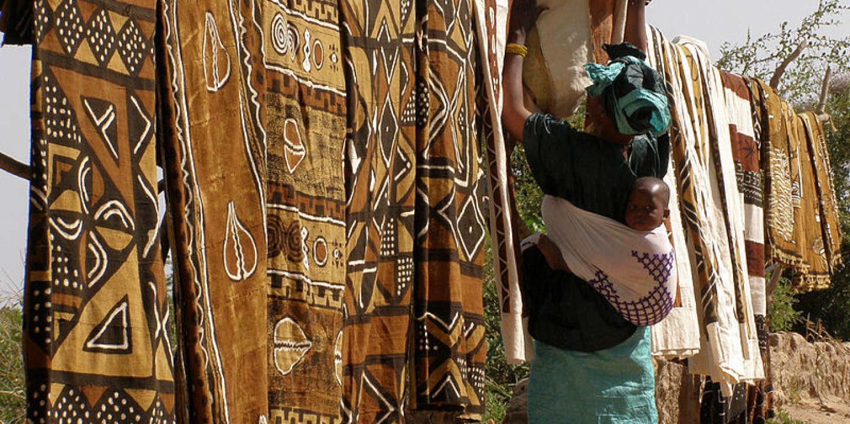 A Ségou, on perpétue la tradition du bogolan malien